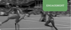 Kvinder løber stafetløb